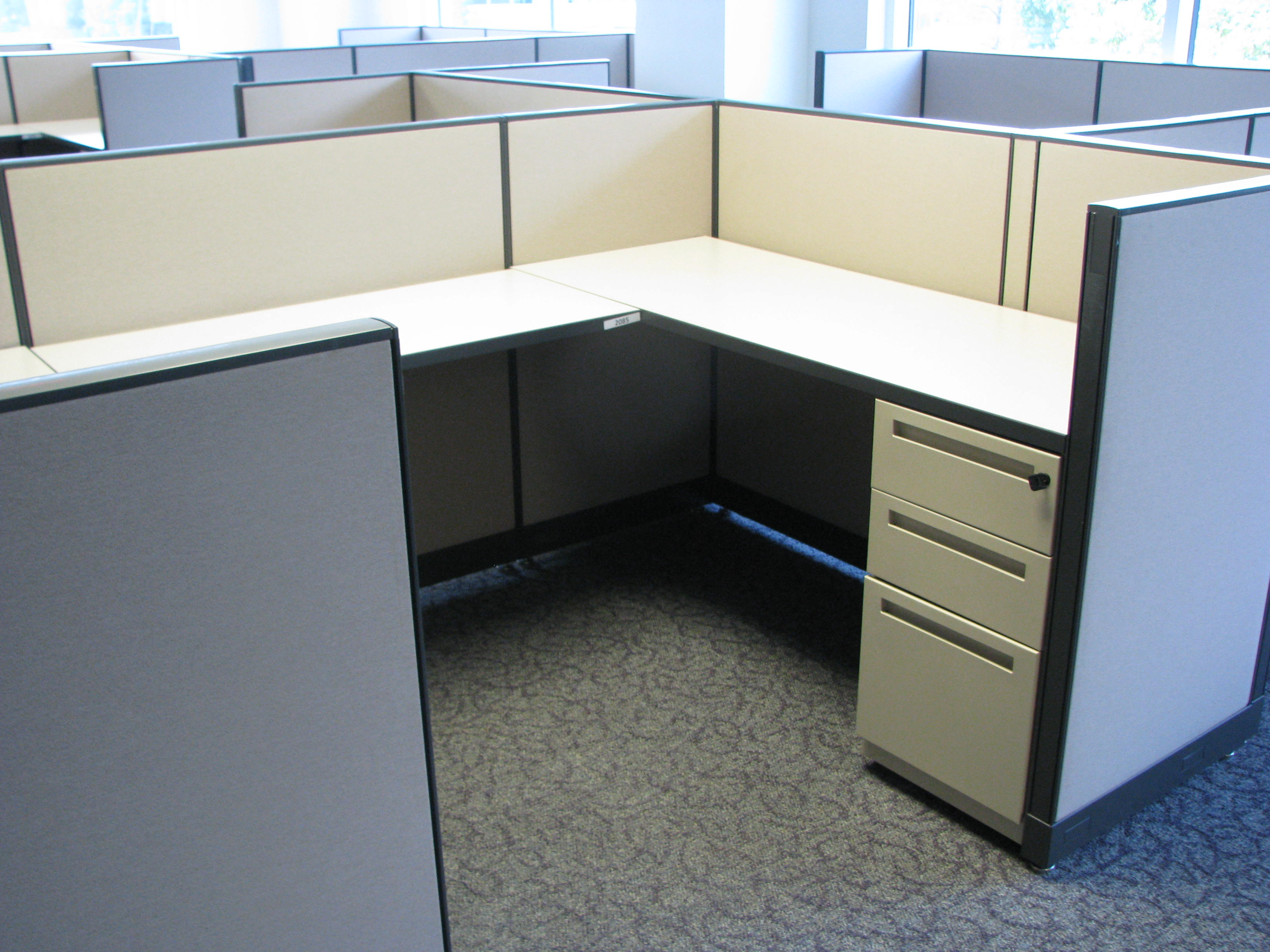 5x8 Kimball Interworks Cubicles 42 Tall With BBF Amp FF