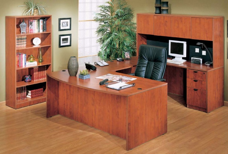 Boss 36 X 71 Bow Front U Shaped Laminate Desk With